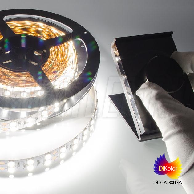 Плавный поворот колесика DiKolor Table LIGHT изменяет яркость светодиодной ленты в большую или меньшую сторону