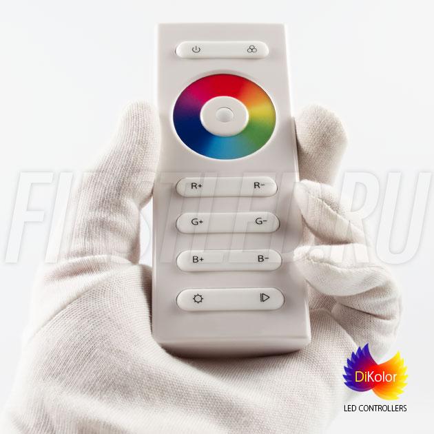 DiKolor EASY RGB — пульт управления подсветкой который приятно держать в руках
