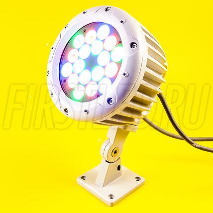 Многоцветный светодиодный DMX прожектор HALO