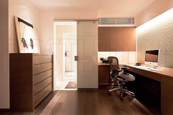 Светодиодная подсветка потолка и потолочных ниш в кабинете