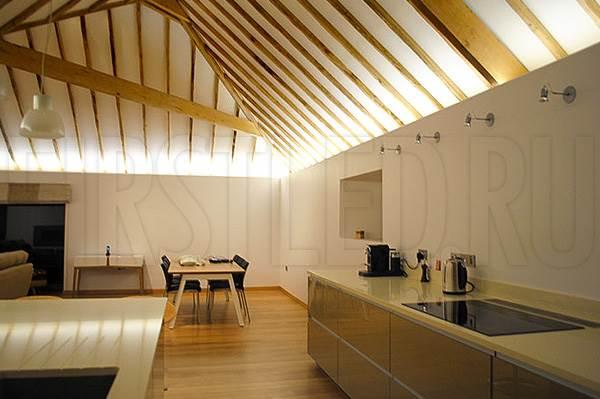 Светодиодная подсветка потолка и потолочных ниш в загородном доме