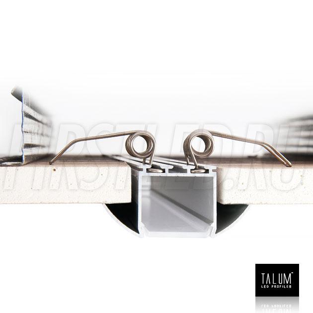 Монтаж встраиваемого алюминиевого профиля TALUM E51.25 с помощью пружинных держателей