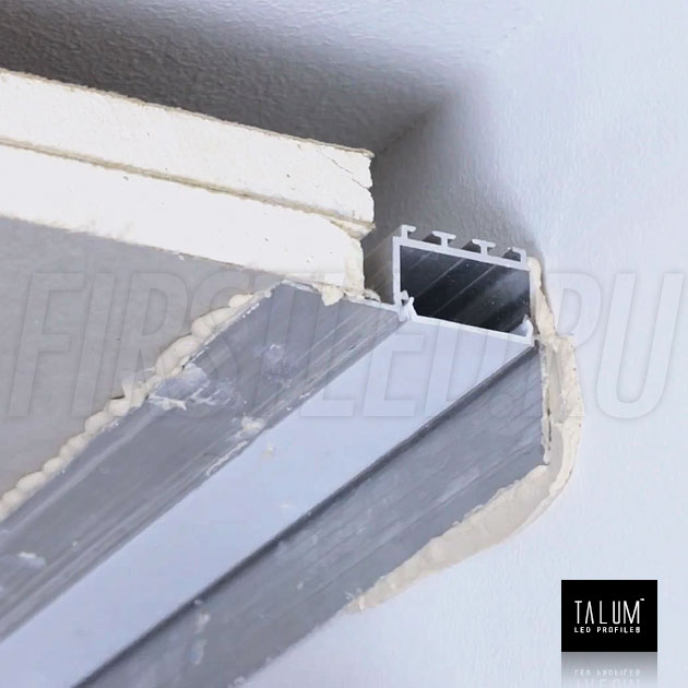 Встраиваемый алюминиевый профиль без рамок вдоль стен TALUM BORDER 24 — этап установки 1