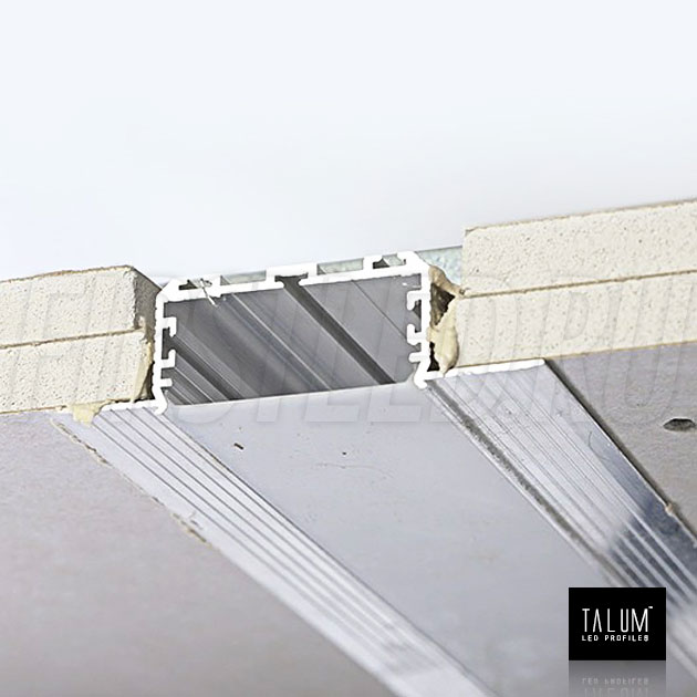 Встраиваемый алюминиевый профиль без рамок TALUM NOFRAME 45.19 / 45.25 — этап установки 1