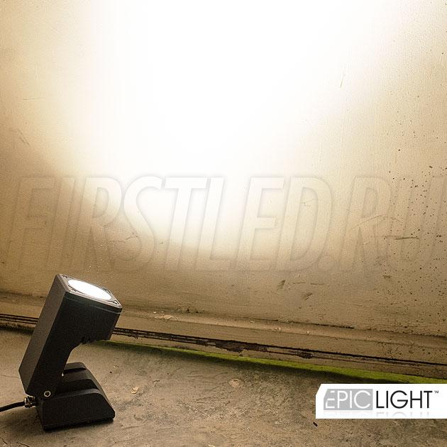 Освещение скульптур и памятников — светодиодный светильник MONUMENTO Lite