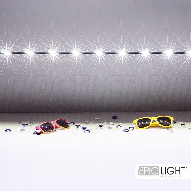 В поворотную часть светильника STILO LONG установлено 12 современных светодиодов CREE XP-E (США)