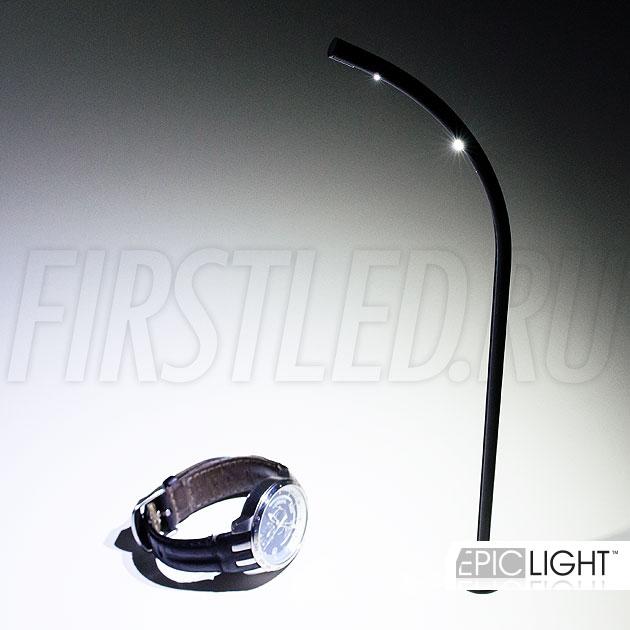 Кристальный прозрачный свет и сверкающие в лучах светодиодов ювелирные изделия или часы – специально для таких витрин создан красивый светодиодный светильник стойка STILO.R