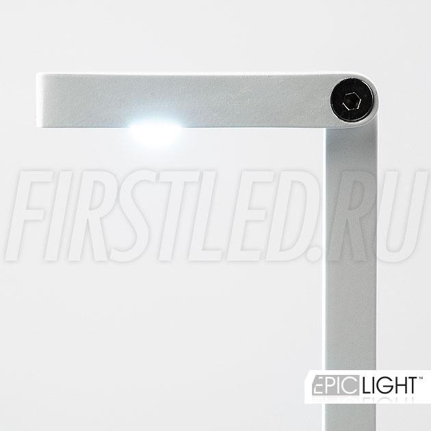 LED светильник EpicLIGHT VITRO идеально освещает товар в небольших витринах, при этом не слепит окружающих