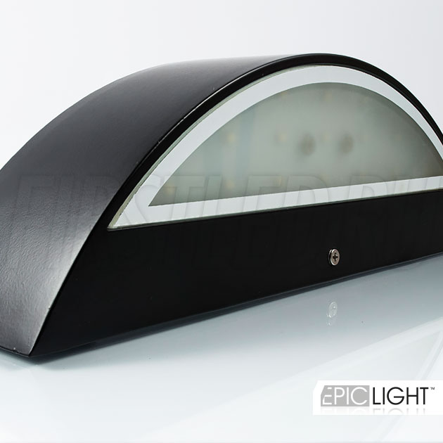 Плавные линии и классический дизайн светодиодного светильника EDGE DIRECTO