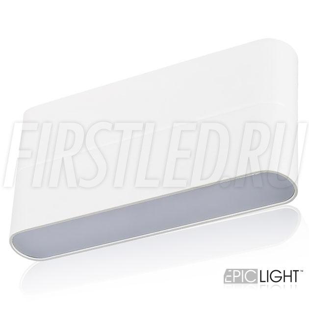 Белый корпус настенного светодиодного светильника FLATON 12W идеально впишется в любой интерьер, в том числе и в ванную комнату благодаря степени пылевлагозащиты IP54
