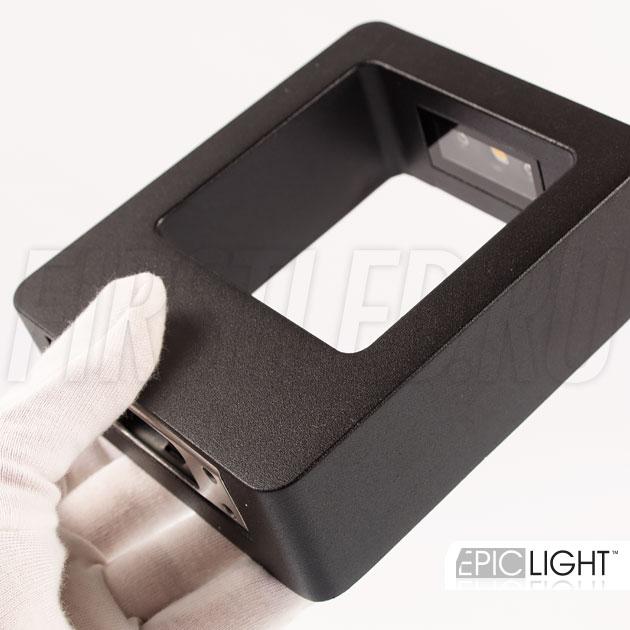 Настенный светодиодный светильник FRAMER небольших размеров