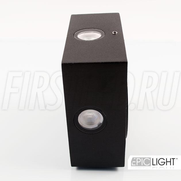 Настенный светодиодный светильник QUADRO RAY — размер всего 110 х 110 х 50 мм