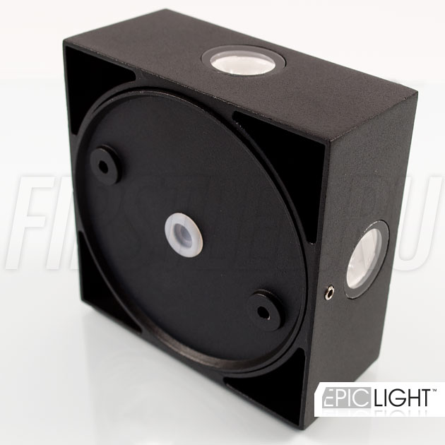 Светодиодный светильник QUADRO RAY степень защиты IP54