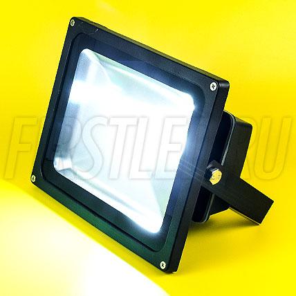 Светодиодный прожектор FLOOD 30W