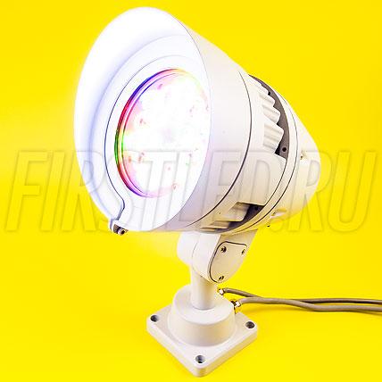 Многоцветный светодиодный DMX прожектор PIXI i18